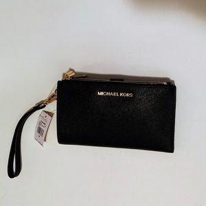 NWT Michael Kors Black Jet Set Travel Wallet